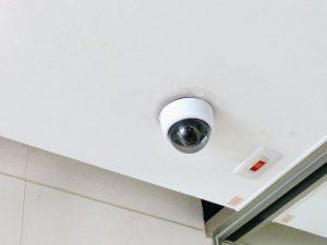 カラオケの監視カメラ
